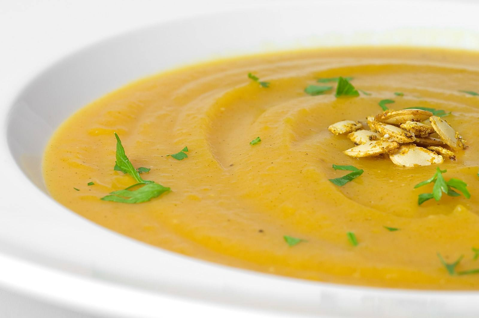 Aюрведа препоръчва топли и добре омаслени храни при запек
